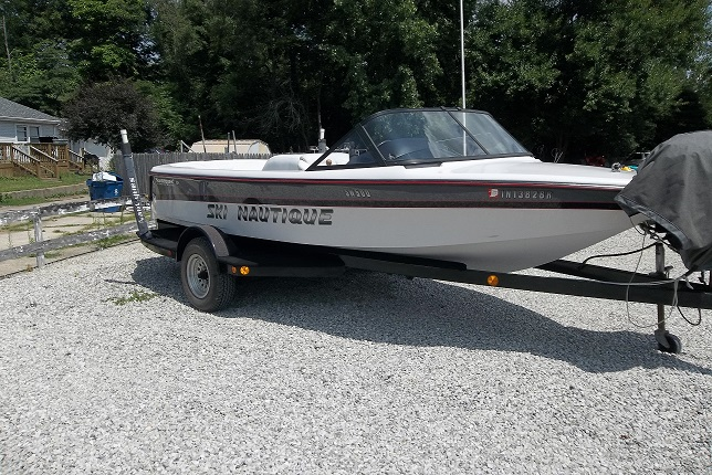 1996 Ski Nautique Outside